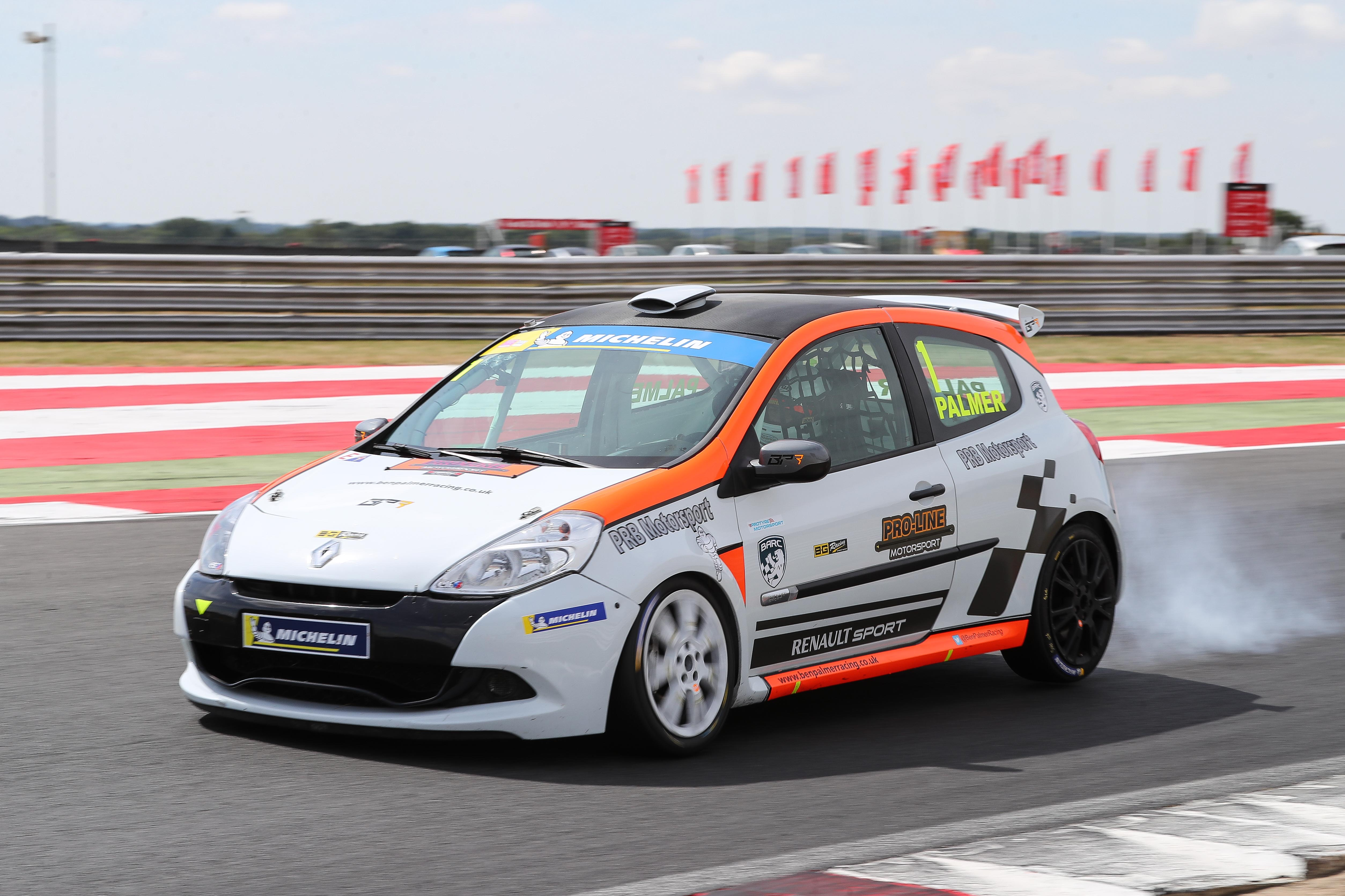 CHAMPIONSHIP LEADER BEN PALMER CLINCHES POLE AT A SUNNY SNETTERTON